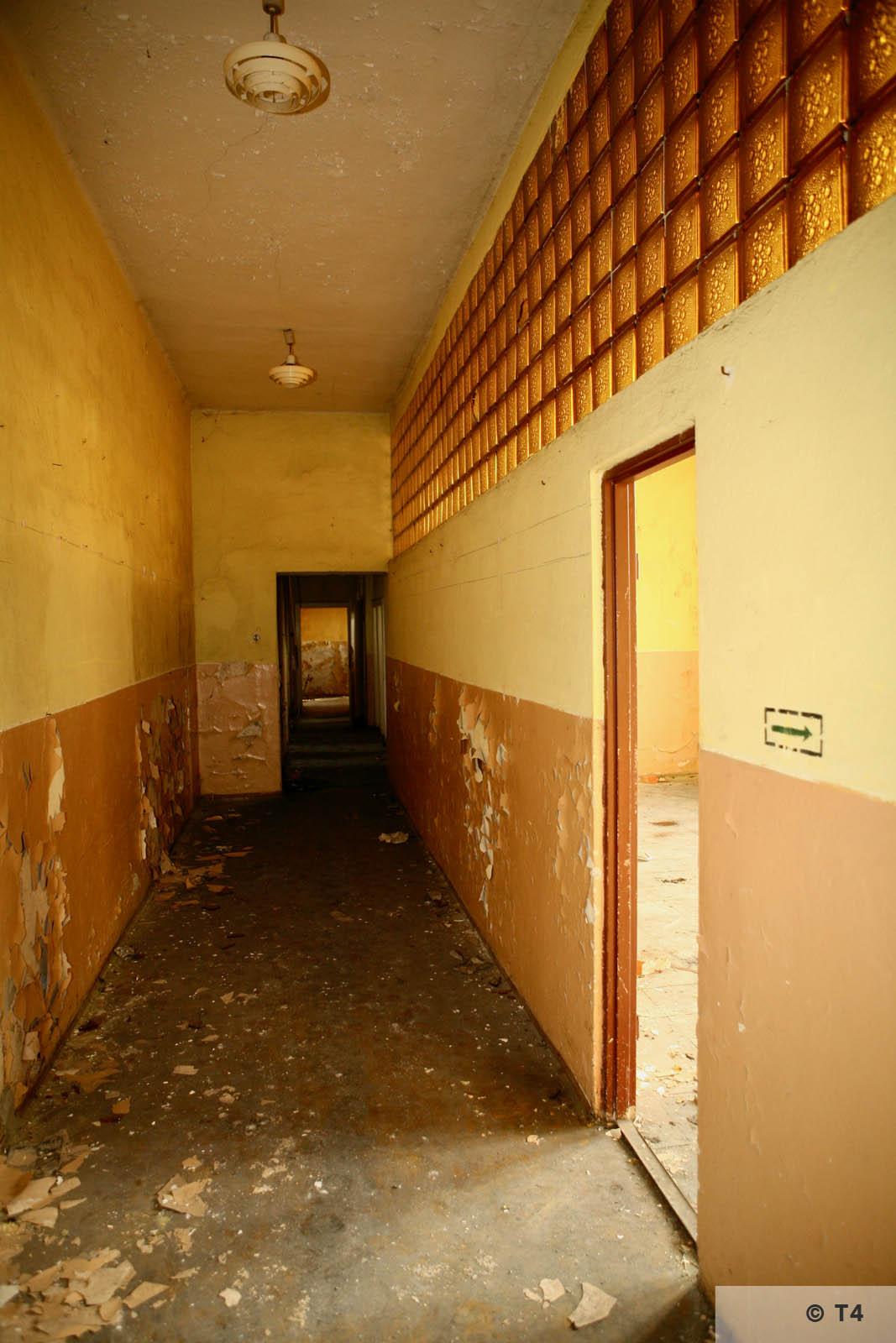 Hygiene Institut der Waffen SS laboratory der Waffen SS in Rajsko. 2007 T4 3448