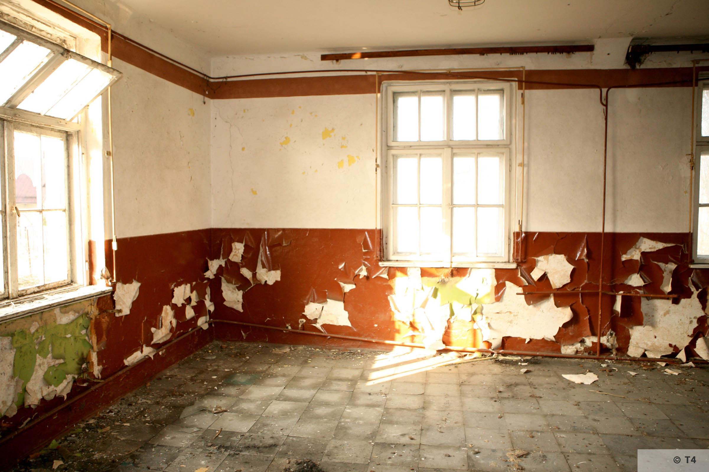 Hygiene Institut der Waffen SS laboratory in Rajsko. 2007 T4 3443