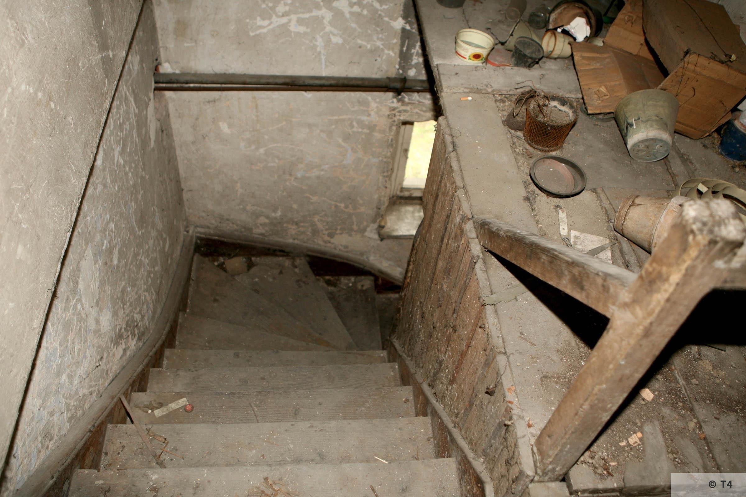 Hygiene Institut der Waffen SS laboratory in Rajsko. 2007 T4 3471