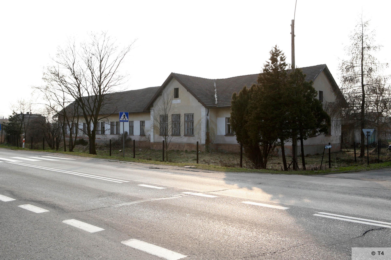 Hygiene Institut der Waffen SS laboratory in Rajsko. 2007 T4 3499