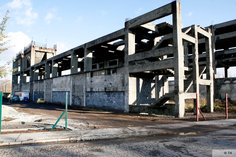 Incomplete power plant in Brzeszcze. 2006 T4 4977