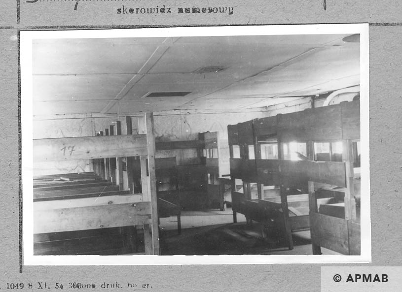 Interior of barrack number 4. APMAB 6681