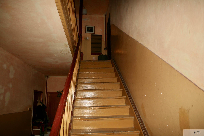 Interior of the apartment block. 2006 T4 4250