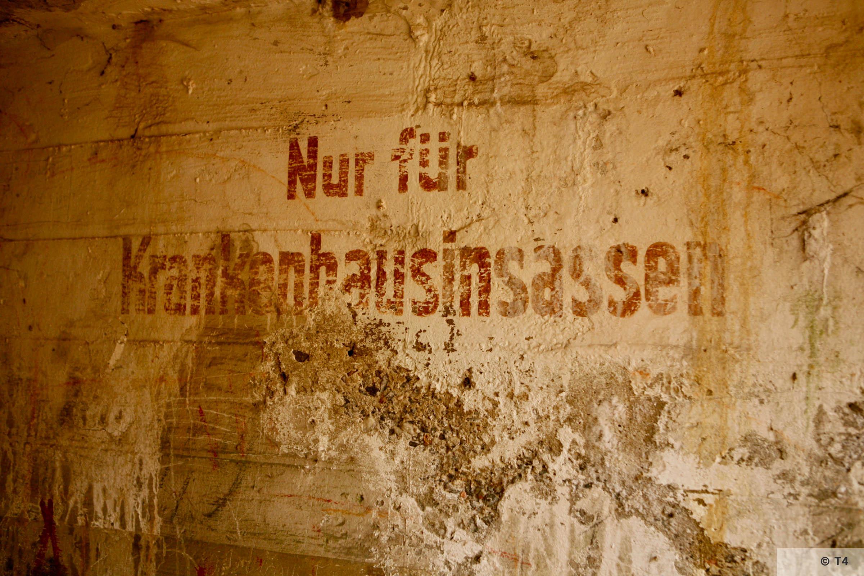 Krankenhaus air raid bunker interior. 2006 T4 5340