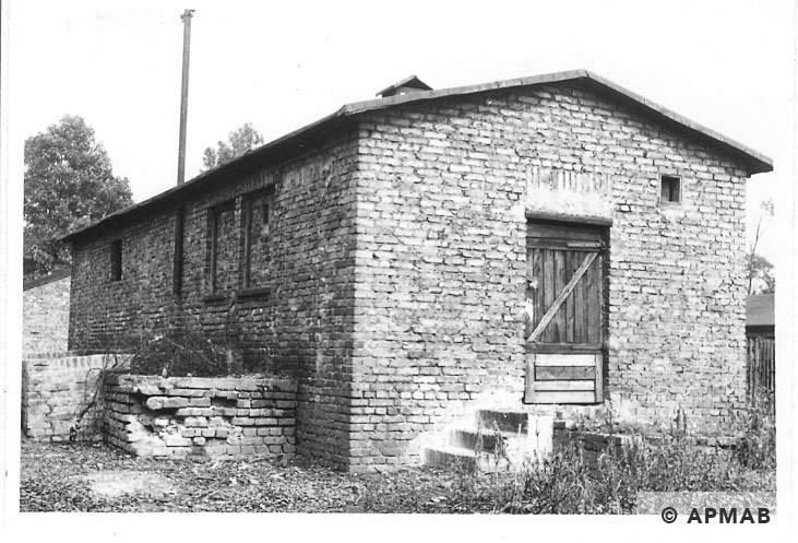 Latrine. 1967 APMAB 11211