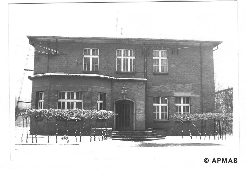 Main administrative building of the sub camp. 1969 APMAB 14763