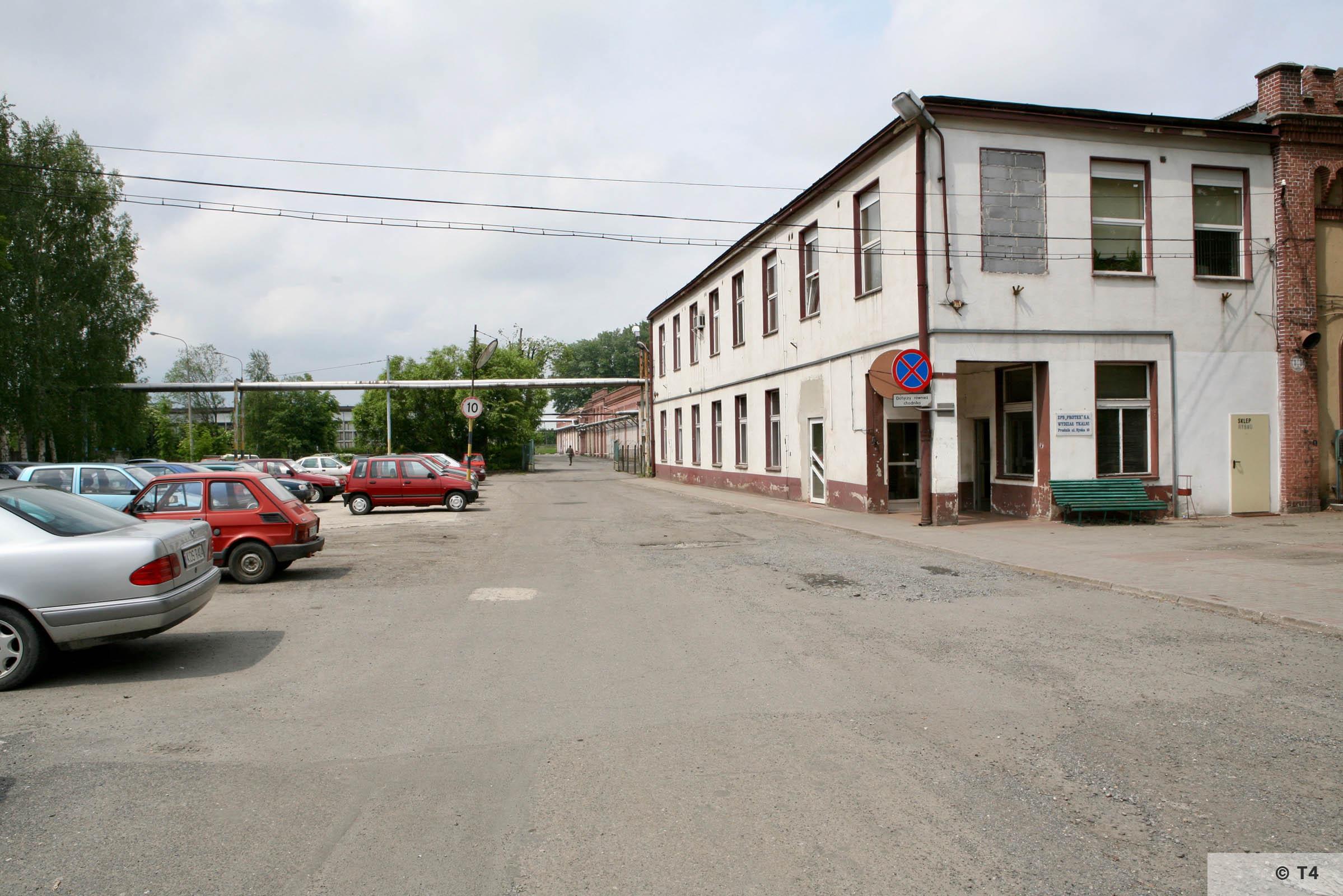 Main entrance to former Schlesische Feinweberei AG textile mill. 2006 T4 5215