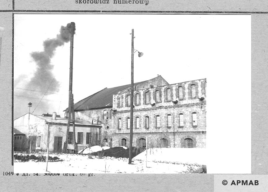Main factory building and building where female prisoners lived and boiler house.1966 APMAB 10175