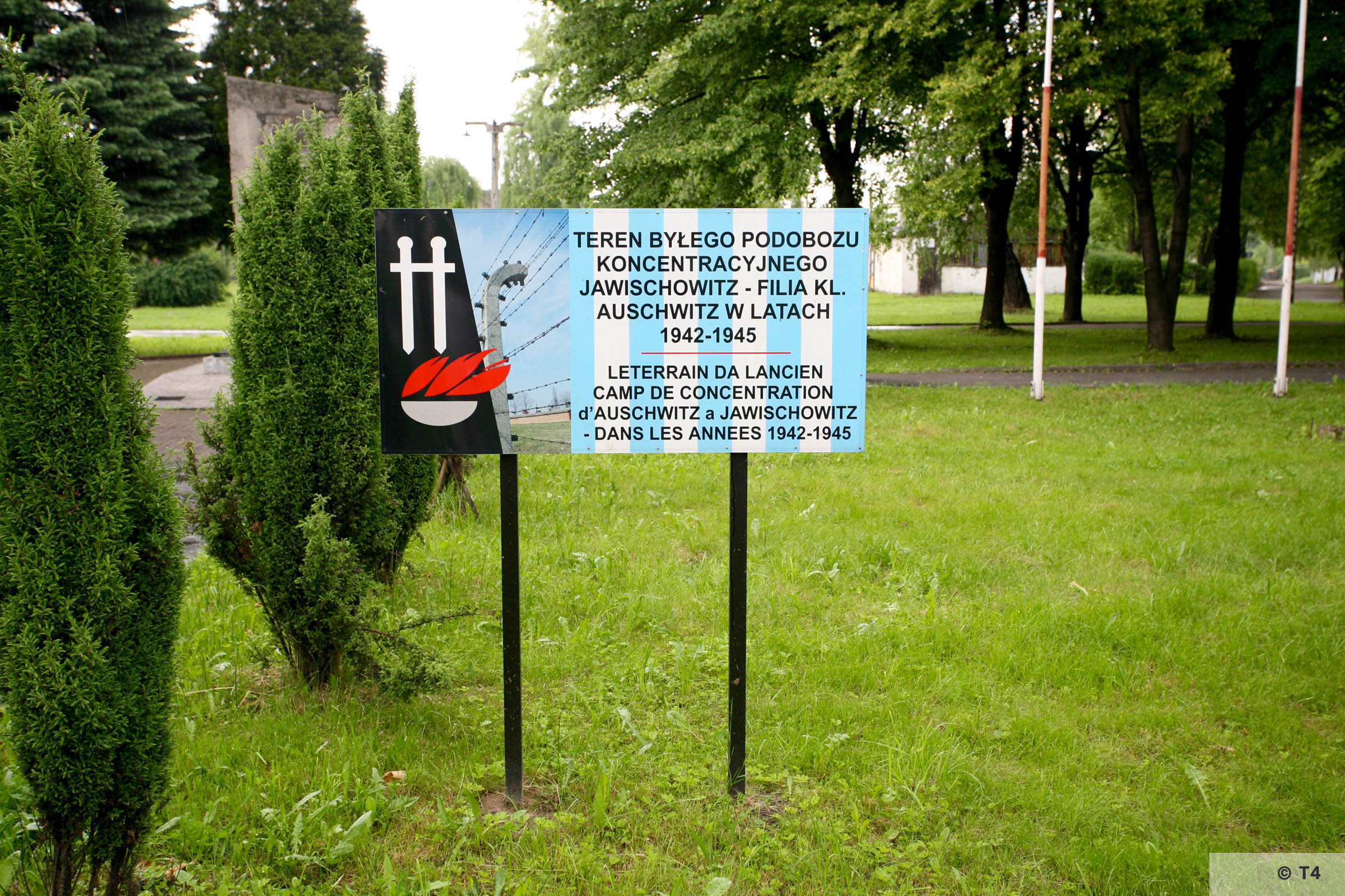 Memorial plaque on the area of the former sub camp Jawischowitz. 2006 T4 4992