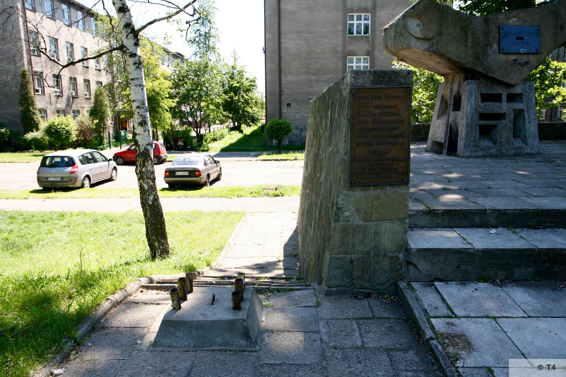 Monument at ul Grunwaldzka at the mass grave of Auschwitz prisoners. 2008 T4 7872