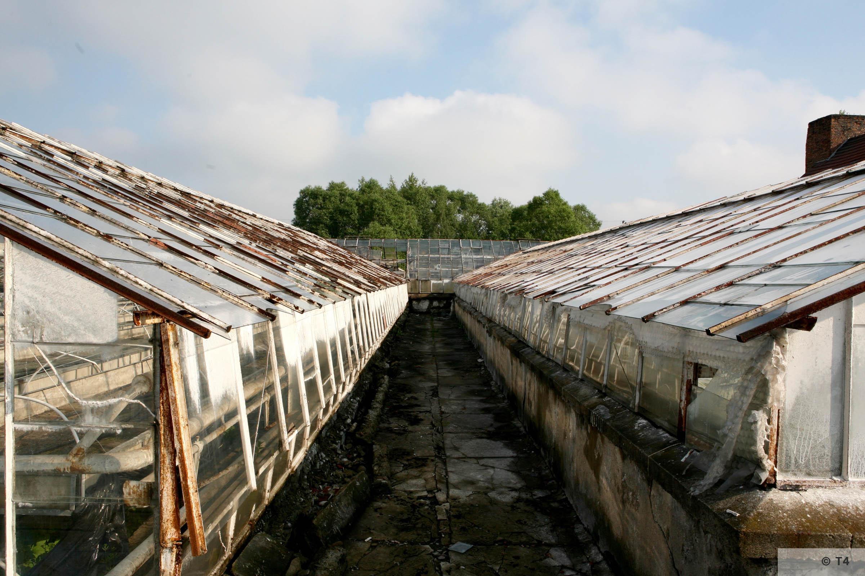 New greenhouses. 2006 T4 5114