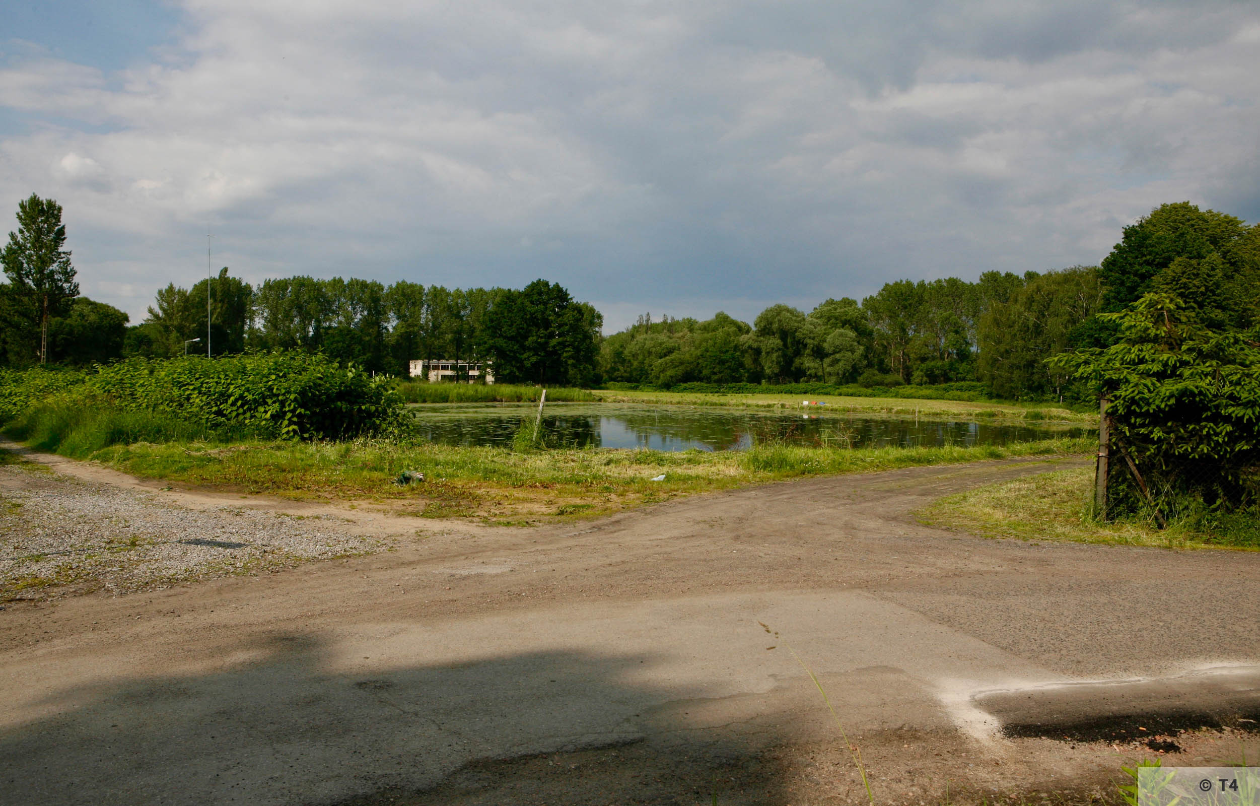 Pond behind the former sub camp and building on the site of the former SS barracks. 2006 T4 6721