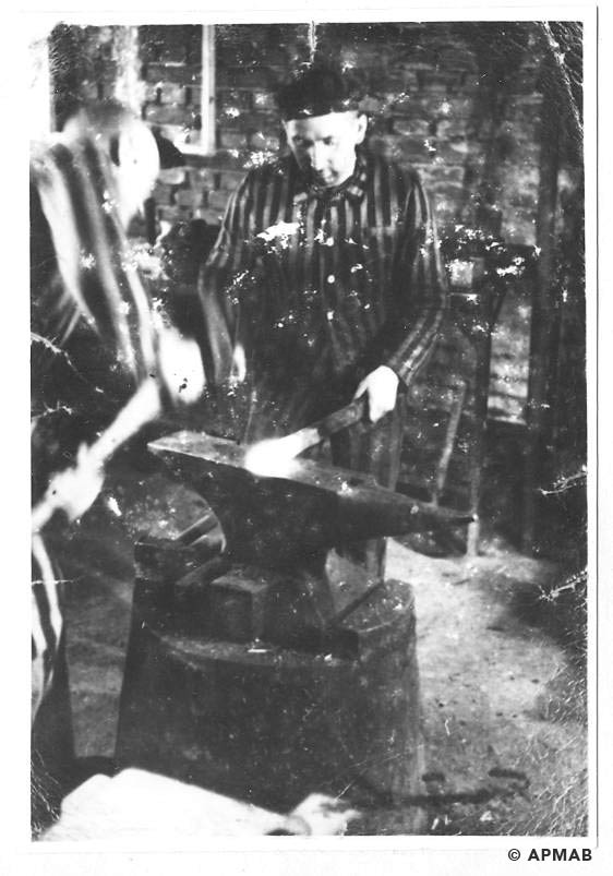 Prisoners possibly Jan Hyla and Wojcik at work in Brünn sub camp. 1944 APMAB 19141