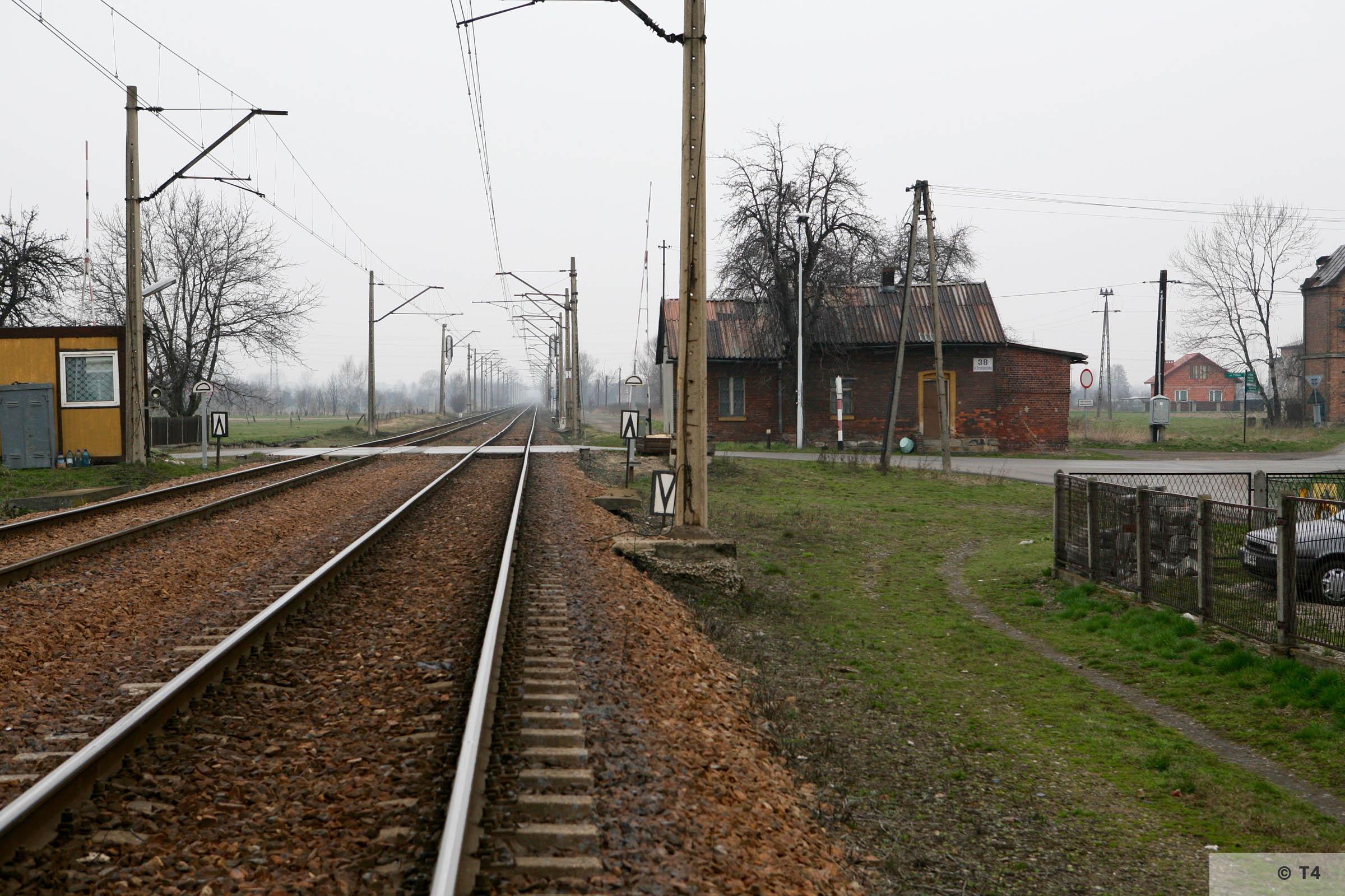 Railway crossing in Babice 2007 T4 3786