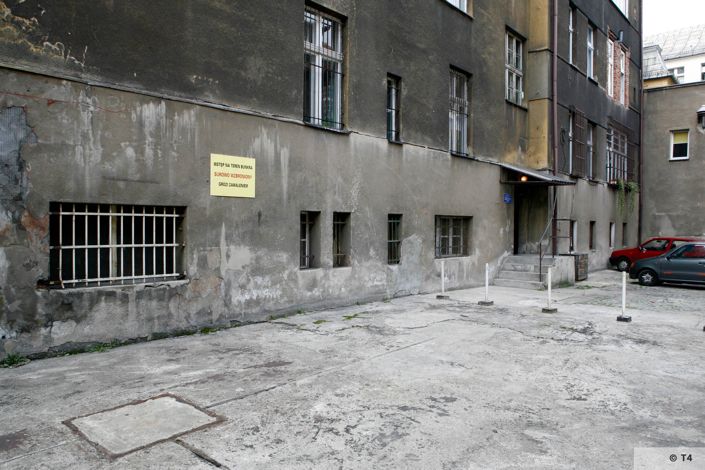 Rear courtyard of the former Gestapo Headquarters in Katowice. 2006 T4 3735