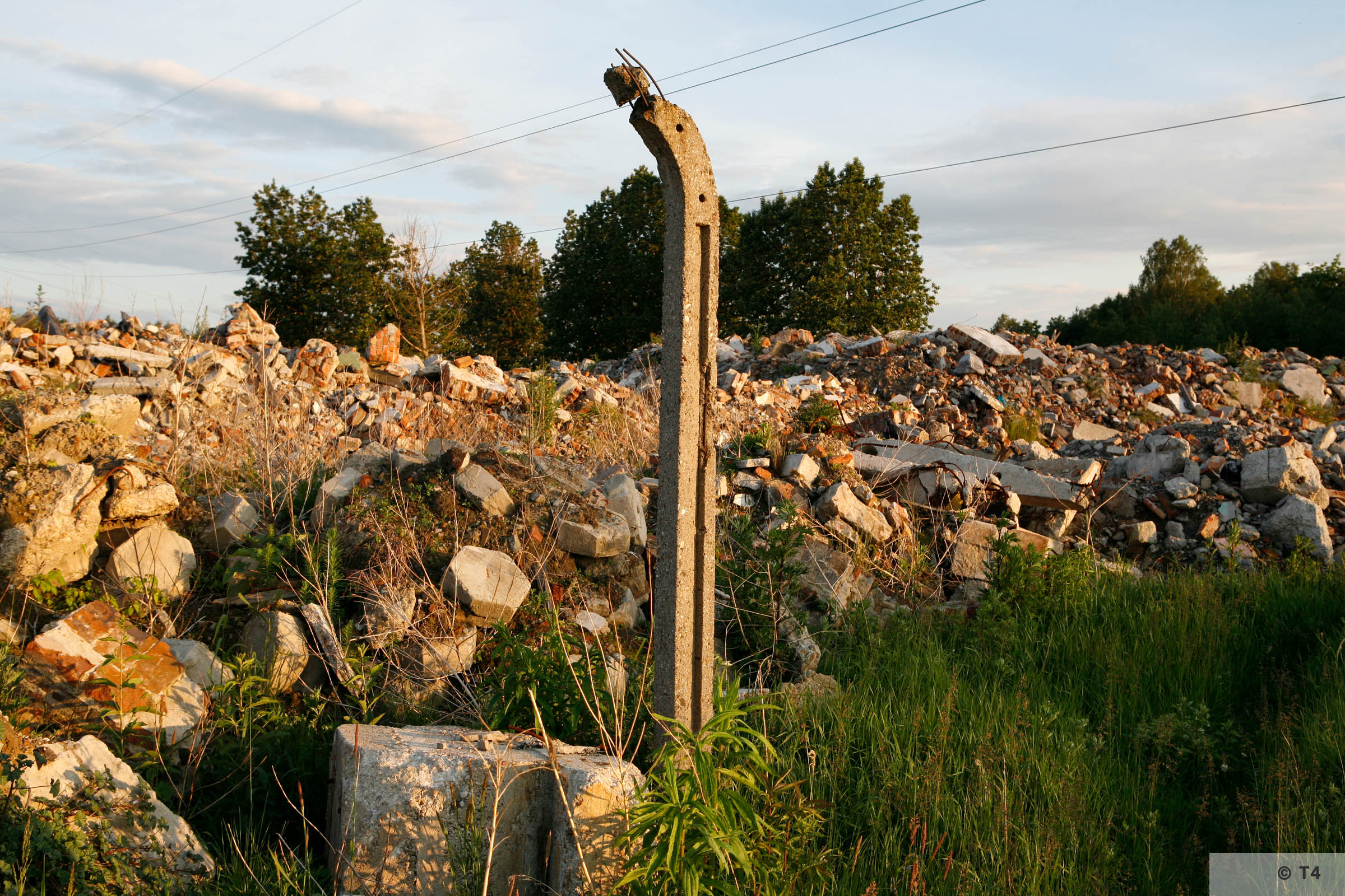 Remnants of camp near Jaworzno power station. 2007 T4 6440