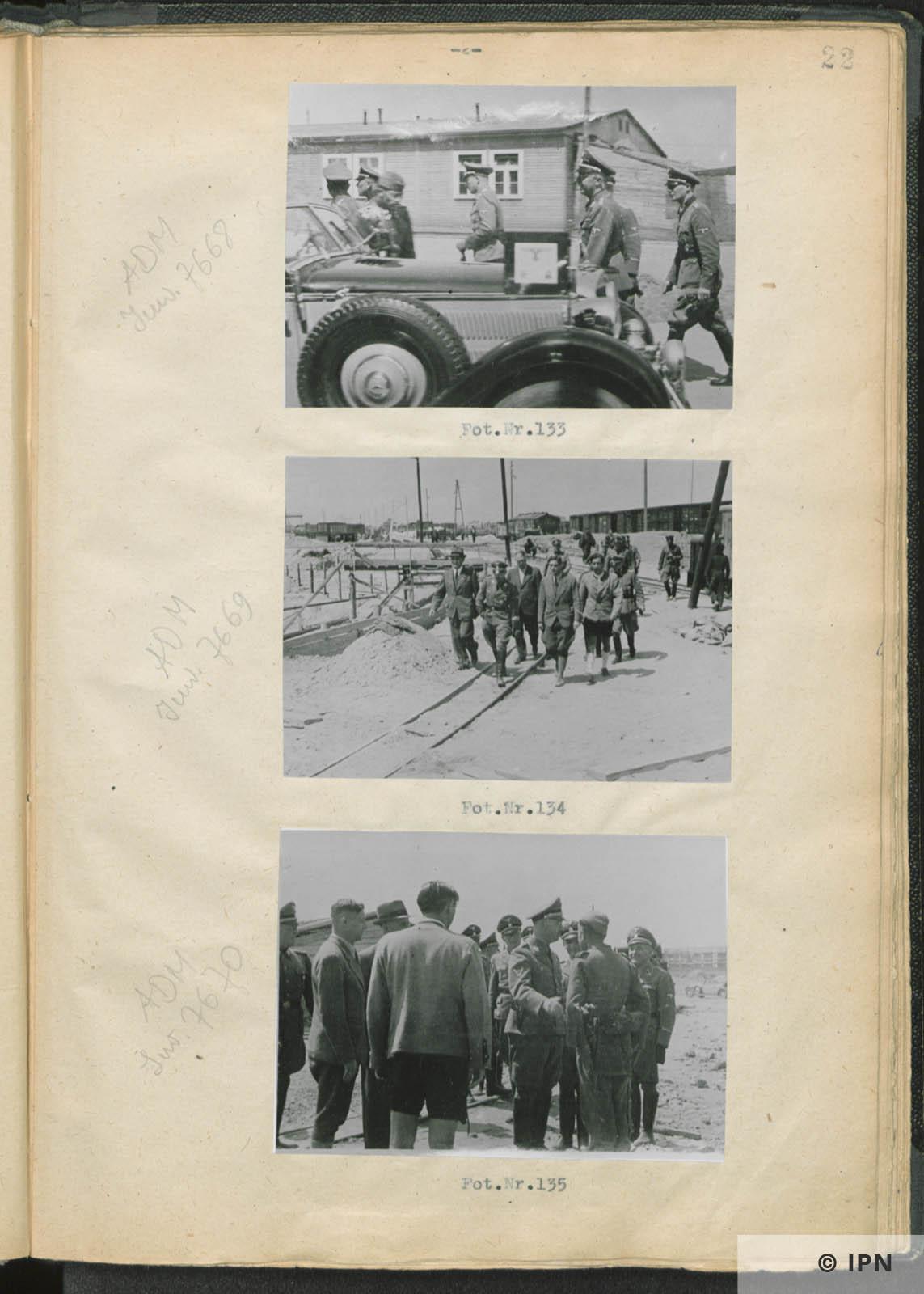SS Reichsführer Heinrich Himmler visits IG Farben plant at Monowitz. July 17 to 18 1942. IPN GK 196 97 0027