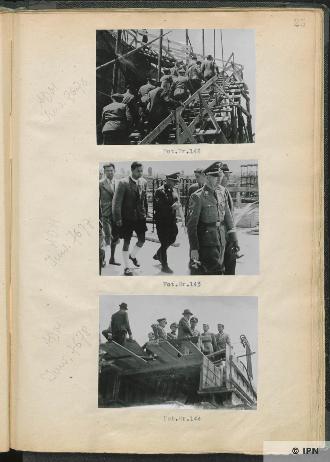 SS Reichsführer Heinrich Himmler visits IG Farben plant at Monowitz. July 17 to 18 1942. IPN GK 196 97 0030