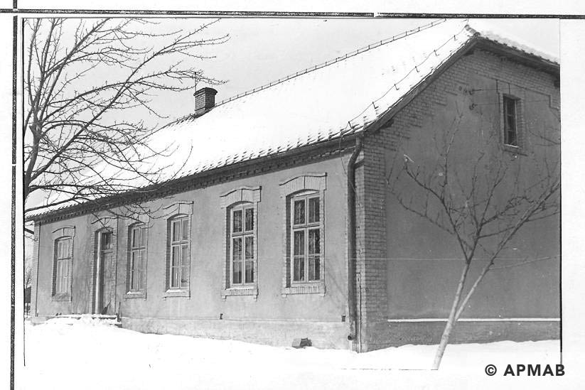 School building in Brzeszce Bor for female penal company. 1968 APMAB 14052