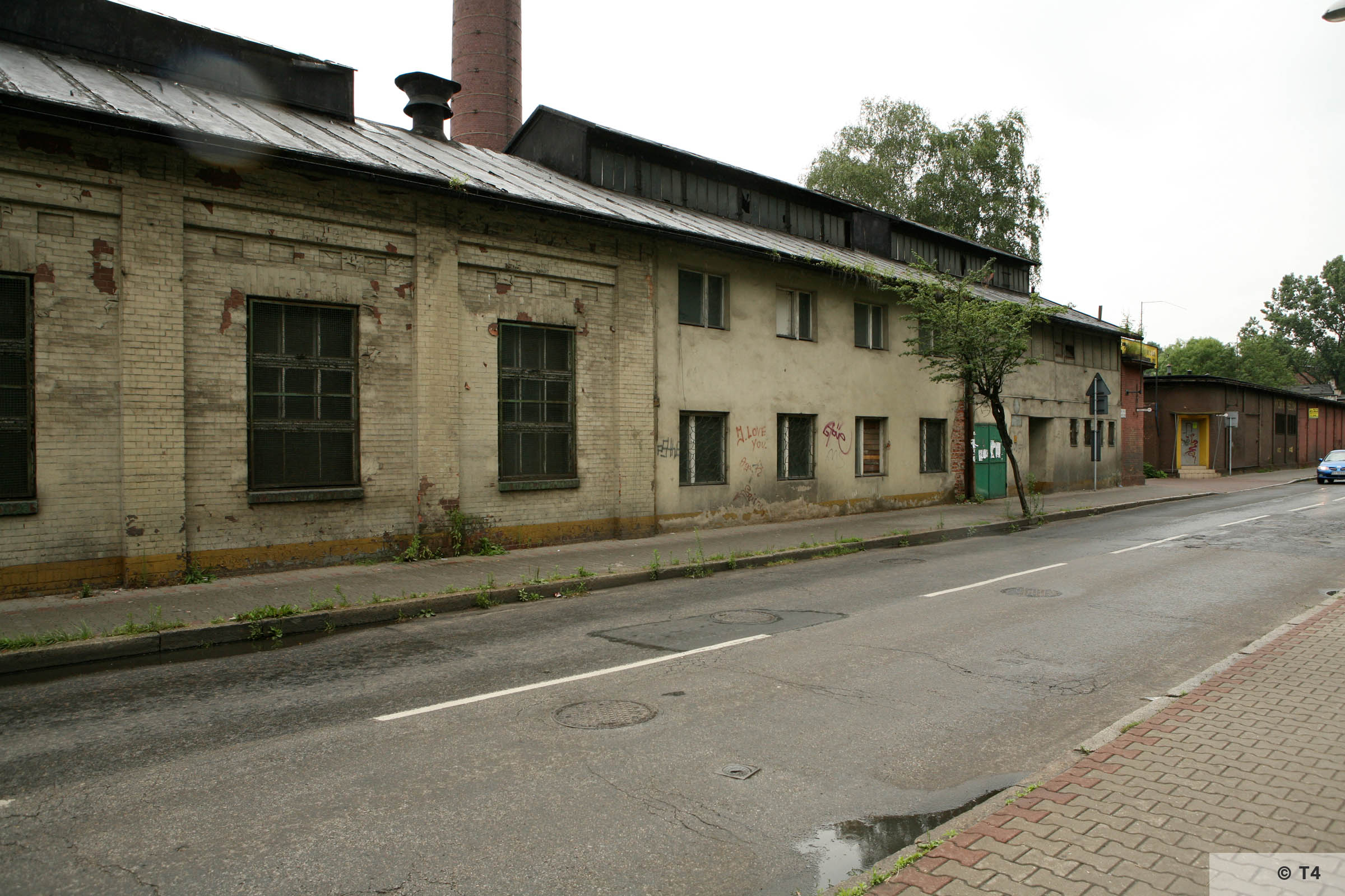 Street view of workshop in which prisoners were accomodated. 2007 T4 9531