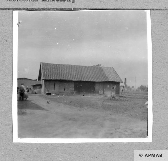 The barn close to the camp. 1959 APMAB 4371