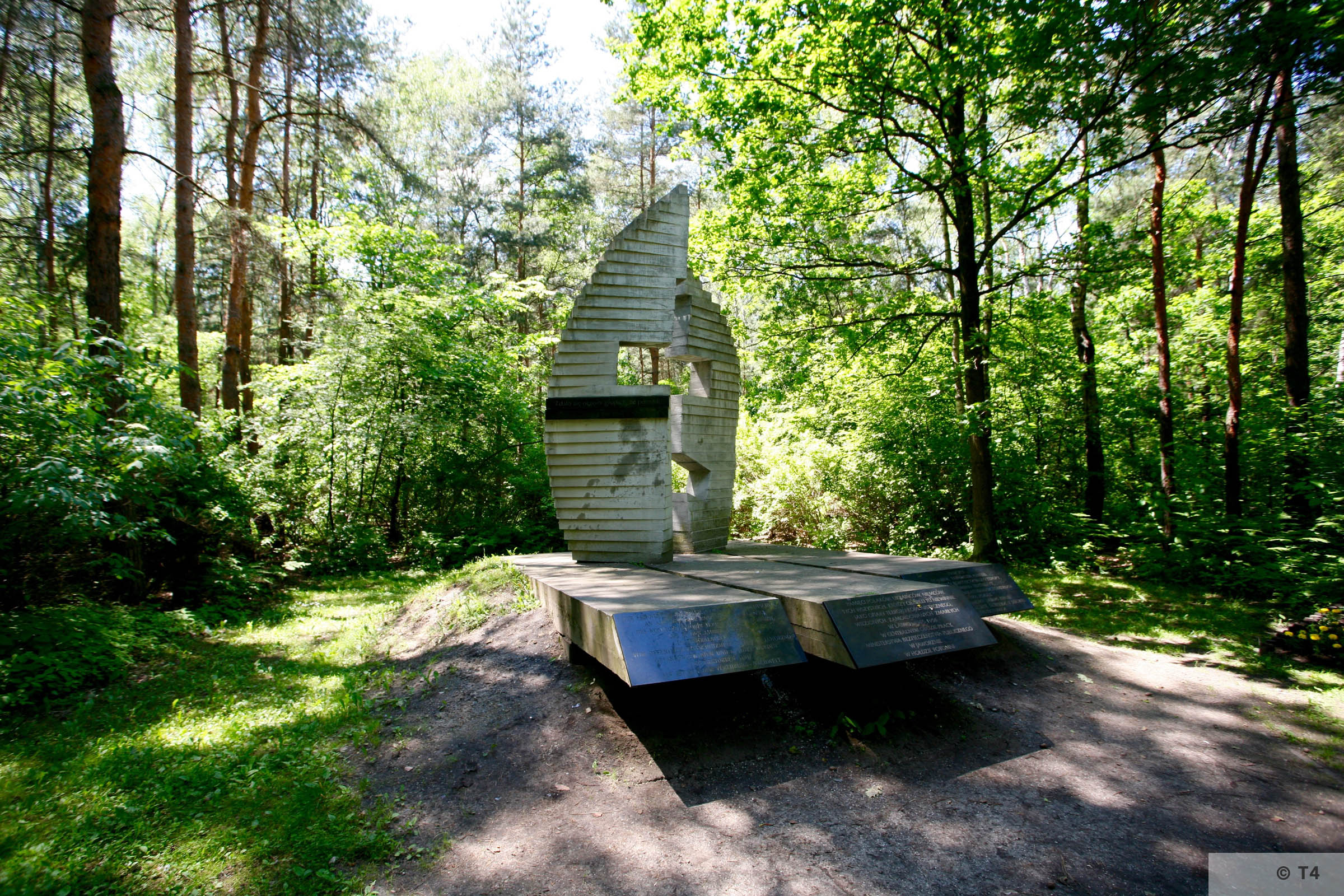 The memorial to the victims of COP Jaworzno. 2008 T4 7817