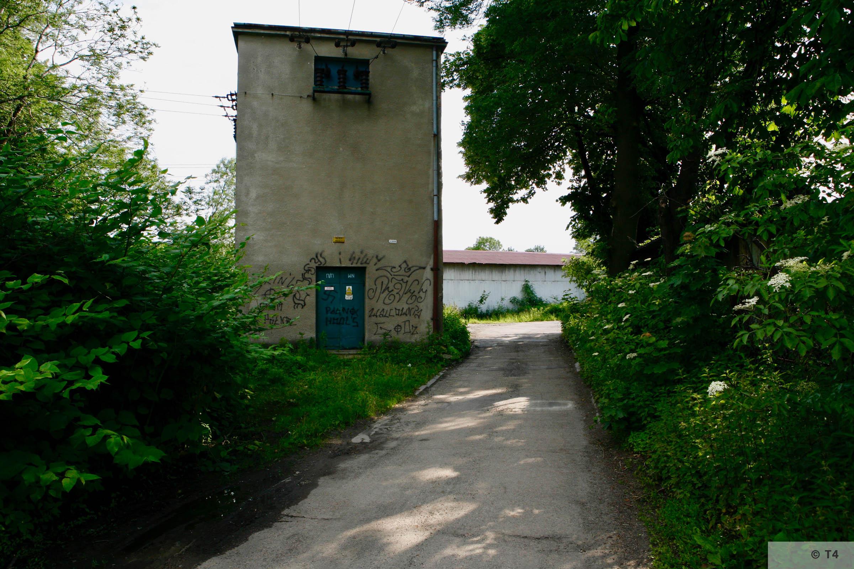 Transformer building near the sub camp. 2006 T4 6703