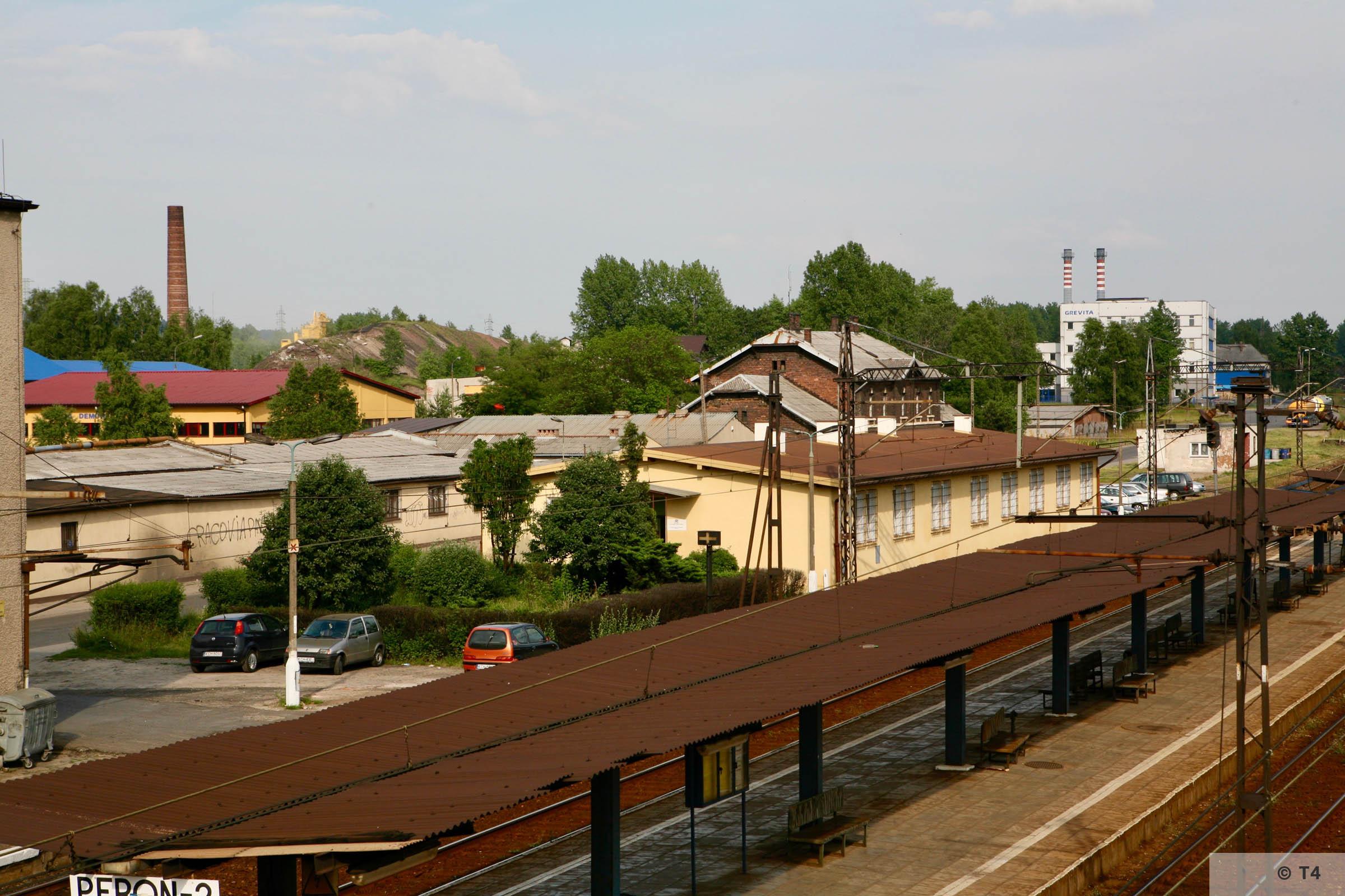 Trzebinia railway station. 2007 T4 4731