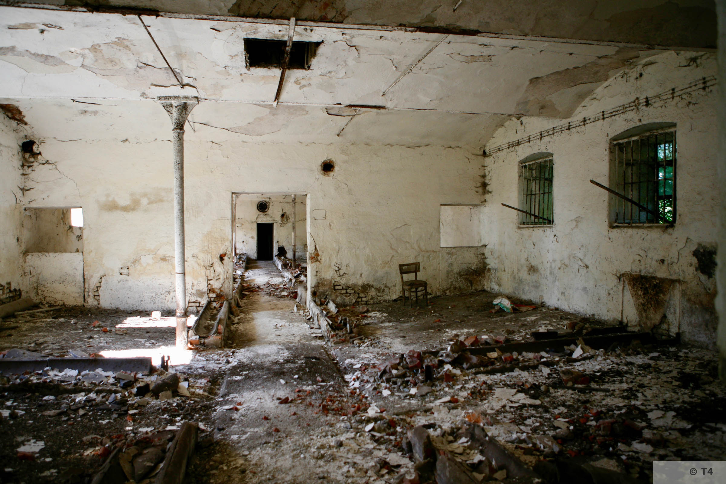 View from inside the stable block where prisoners lived. 2007 T4 9321