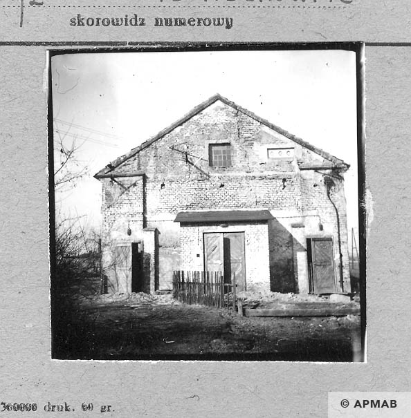 West wall of building for prisoners. 1959 APMAB 4368