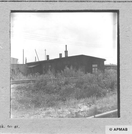 Wooden barrack Blockführerstube. 1963 APMAB 5689