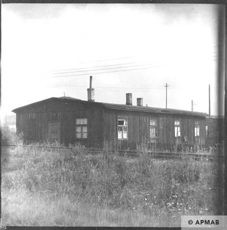 Wooden barrack Blockfuehrerstube. 1963 APMAB 5690