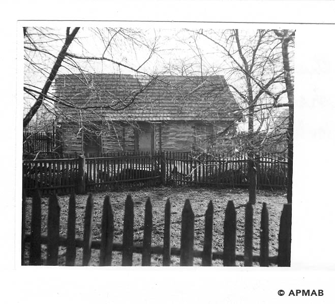 Wooden shed for rats and rabbits for experiments were raised by Hygiene Institut der Waffen SS in Auschwitz. 1968 APMAB 15479