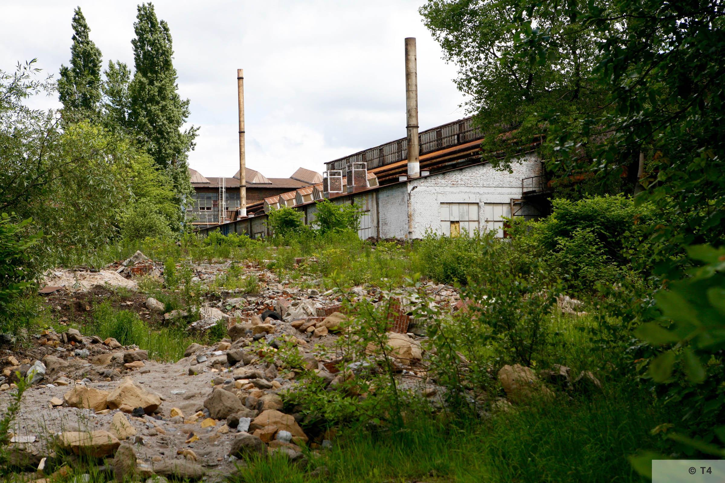 Zygmunt steel works. Work halls. 2006 T4 4799